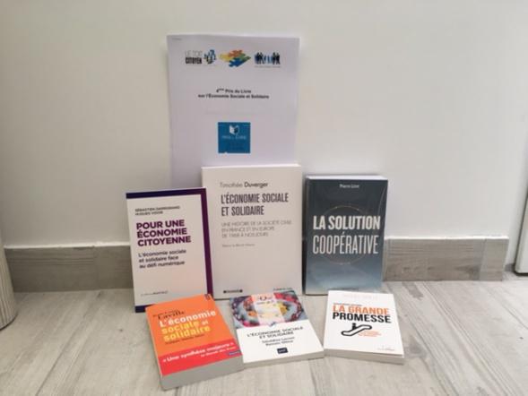 """Les 6 couvertures des livres sélectionnés pour la catégorie """" Experts """""""