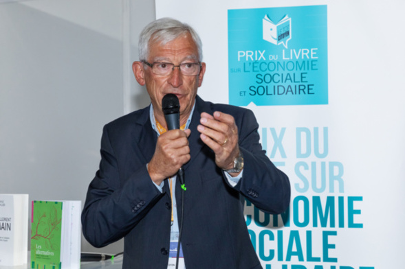 Roger Belot, président du Jury et président d'honneur de la MAIF, présente la sélection 2021 et se félicite de la qualité des ouvrages en lice pour les deux catégories primées - Photo : Jacques Martin -