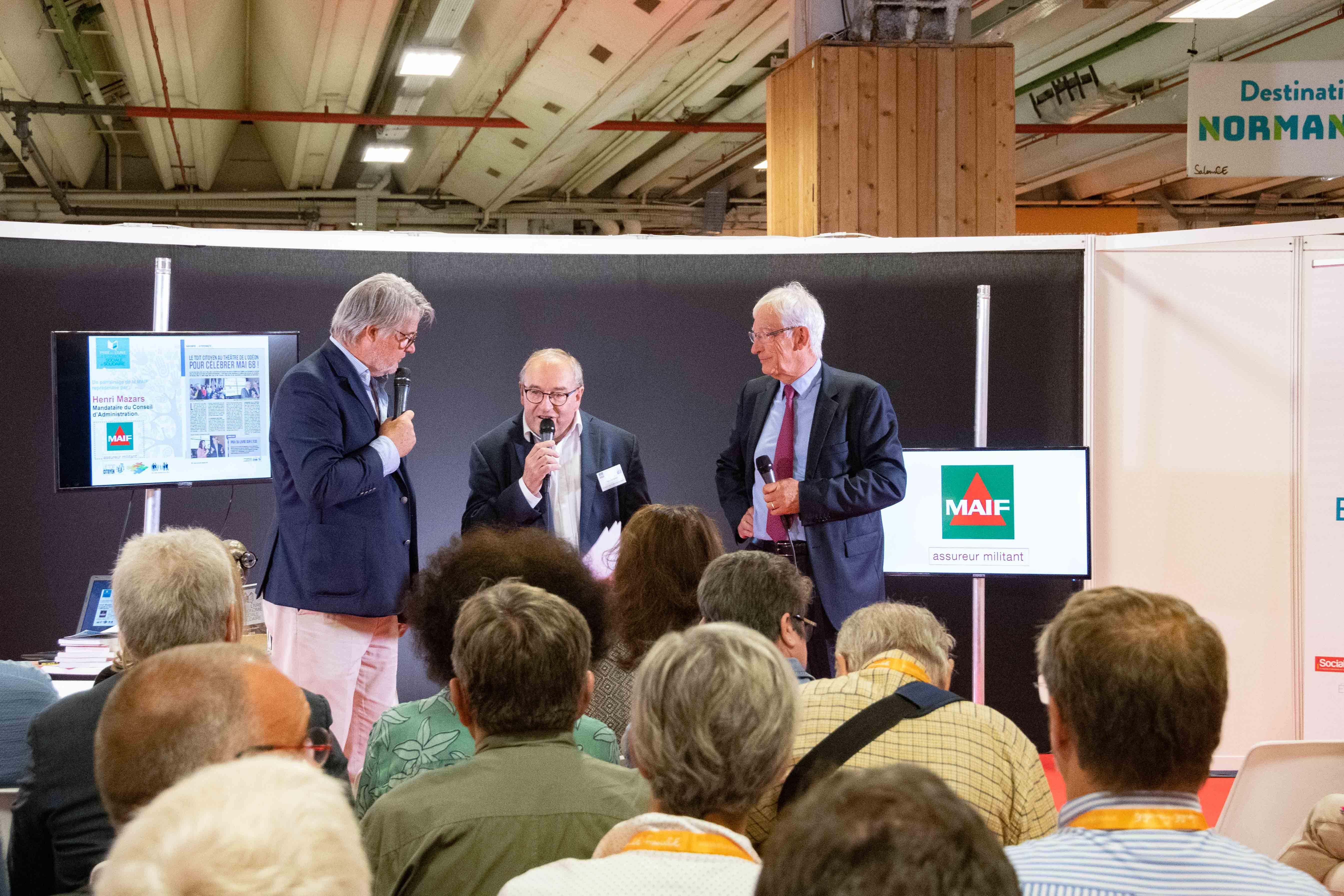 Henri Mazars, mandataire du CA de la MAIF au milieu de Roger Belot et Patrick Gobert - Photo Catherine Cros -