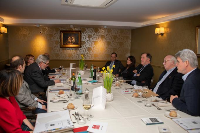 L'ancien ministre du travail a rappelé l'histoire du prix, s'est félicité de l'organisation du Club des CSE Citoyens et a remercié Pierre Ferracci, président du Groupe Alpha et parrain de l'événement - Photo Catherine Cros -