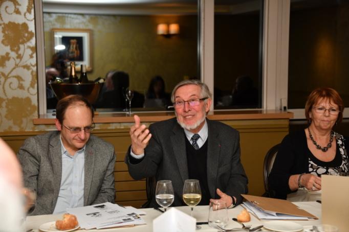 Entre Anne-Marie Basque et Olivier Khatchikian, Jean Auroux a salué la sélection du millésime 2020 - Photo Catherine Cros -