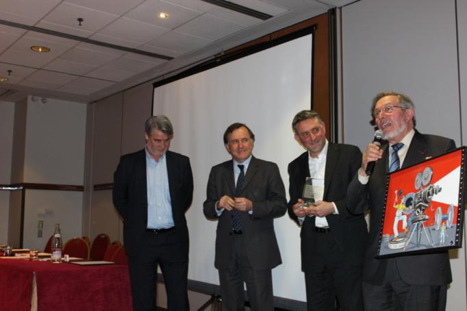 Pierre-Yves Gomez entouré de Patrick Gobert et Pierre Ferracci a apprécié les compliments de Jean Auroux...