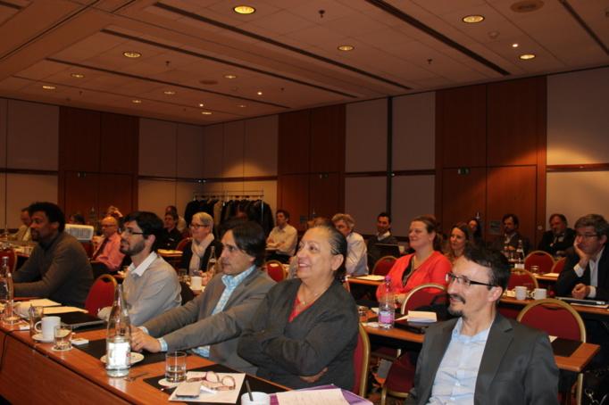 C'est grâce à Pierre Ferracci et à Nadia Ghédifa, directrice générale de Secafi, que l'événement a pu s'organiser lors de la venue de l'auteur à Paris.....