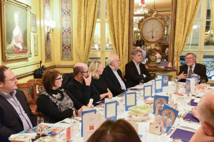 Jean Auroux en tant que président des 2 jurys a lu tous les livres et fait part de ses découvertes....