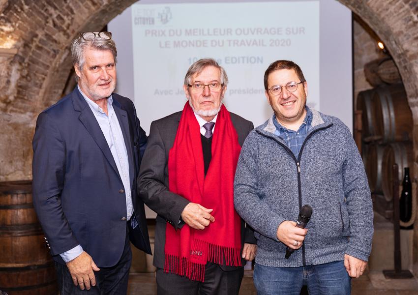 Jean Auroux entouré de Patrick Gobert et de Max Leguem, fondateur de l'ENA  Populaire des Cités - Photo Jacques Martin