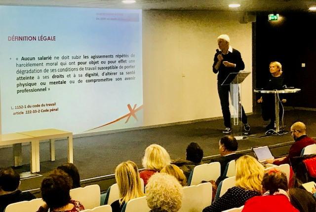 """Beaucoup de participants à la """" Masterclass """" de Marie Pezé le 17 octobre au Pavillon de l'Eau !"""